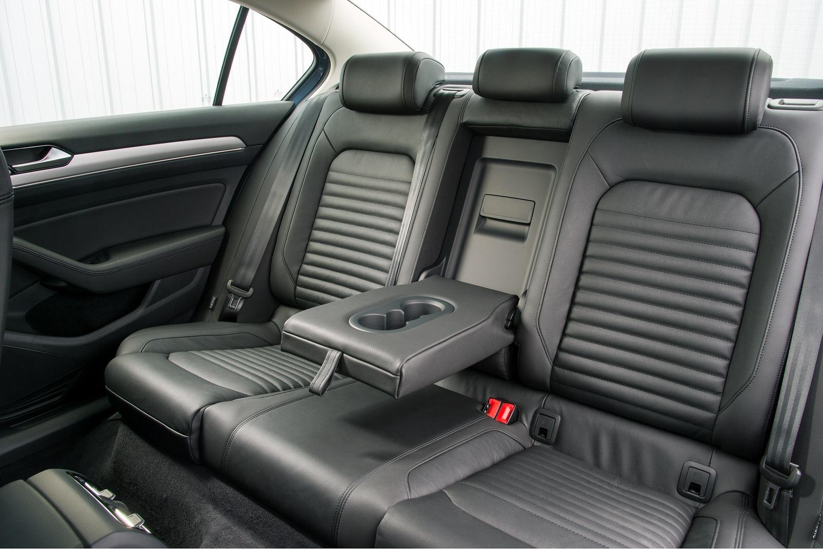 New Volkswagen Passat 2 0 Tdi R Line 4dr Panoramic Roof