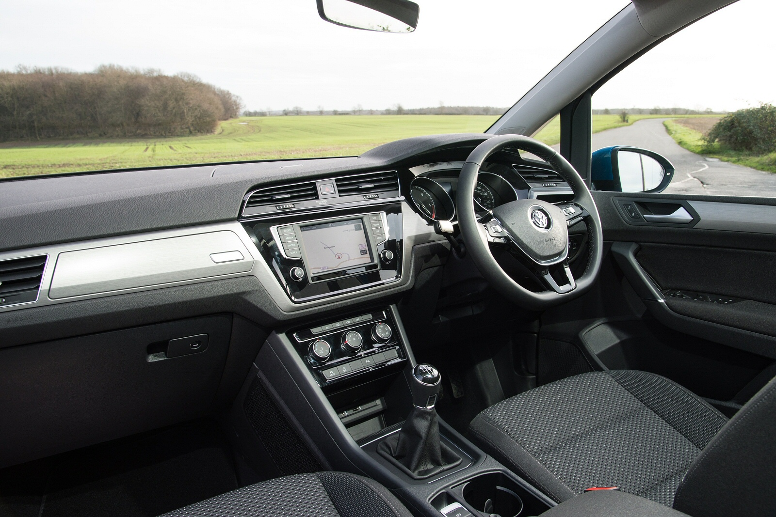 New Volkswagen Touran 2.0 Tdi Se Family 5Dr Dsg Diesel Estate for Sale    Vertu Volkswagen