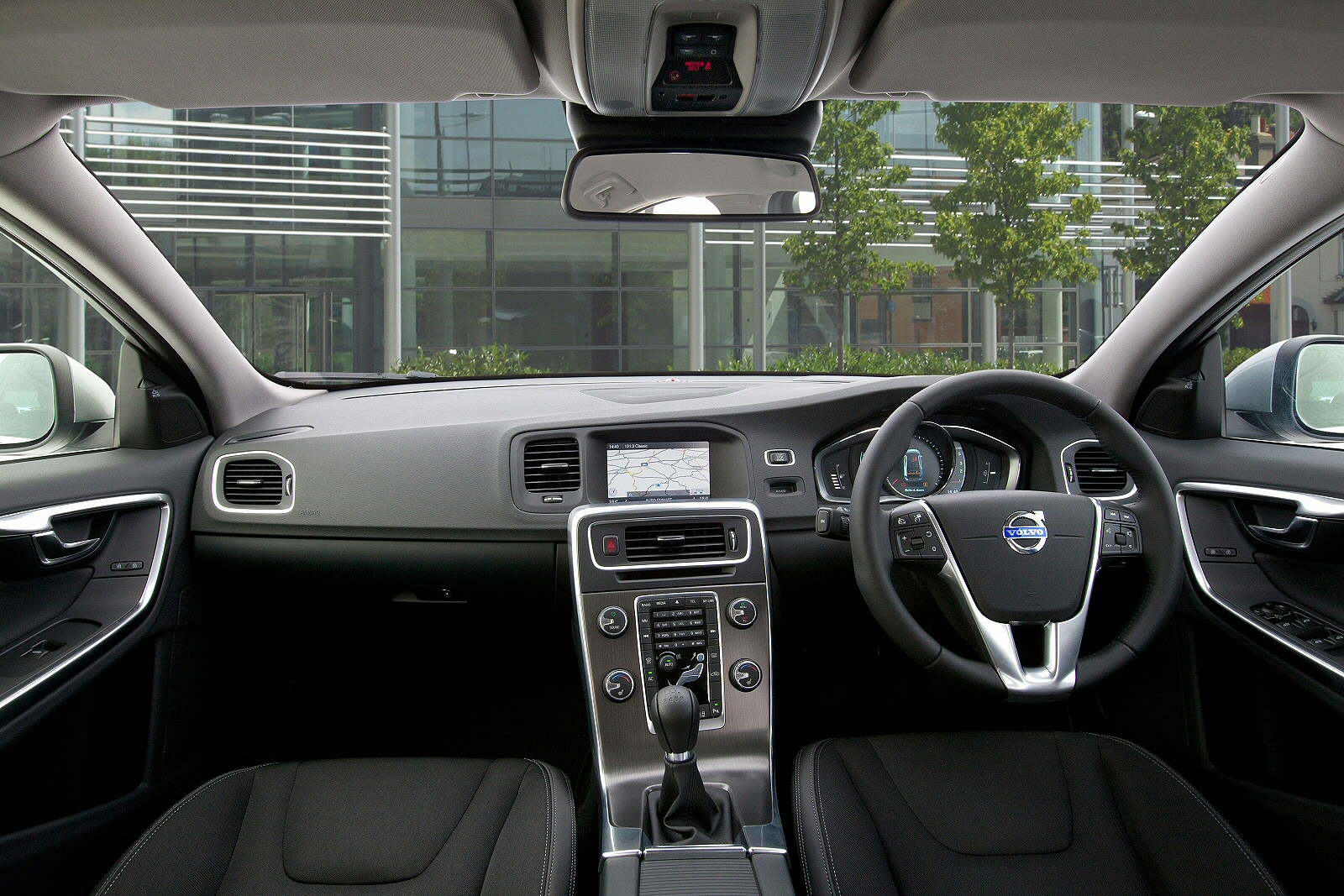 Volvo s60 savile grey metallic images -  D2 120 Business Edition 4dr Diesel Saloon