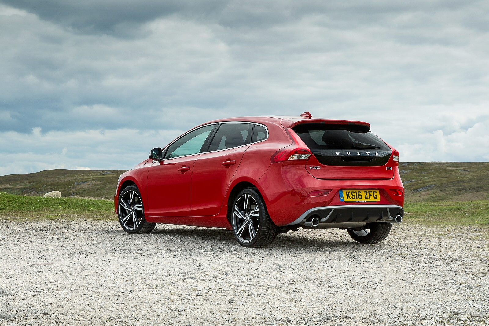 New Volvo V40 D3 4 Cyl 150 Cross Country Pro 5dr