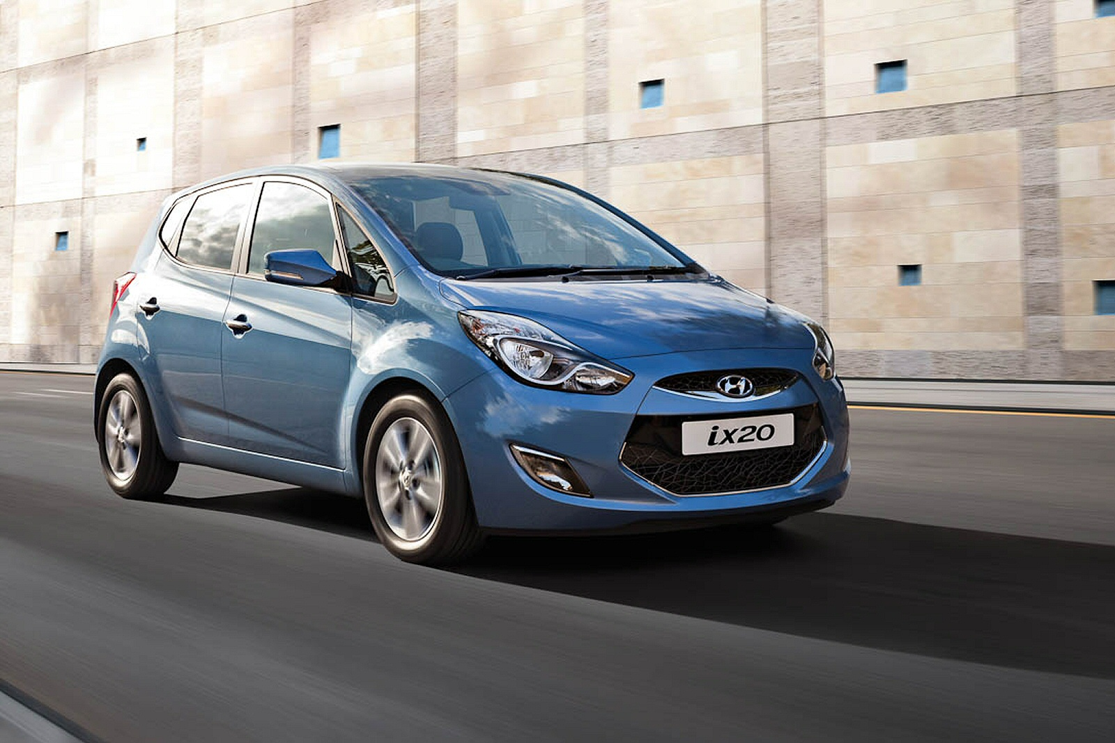 new hyundai ix20 1 6 se 5dr auto petrol hatchback. Black Bedroom Furniture Sets. Home Design Ideas
