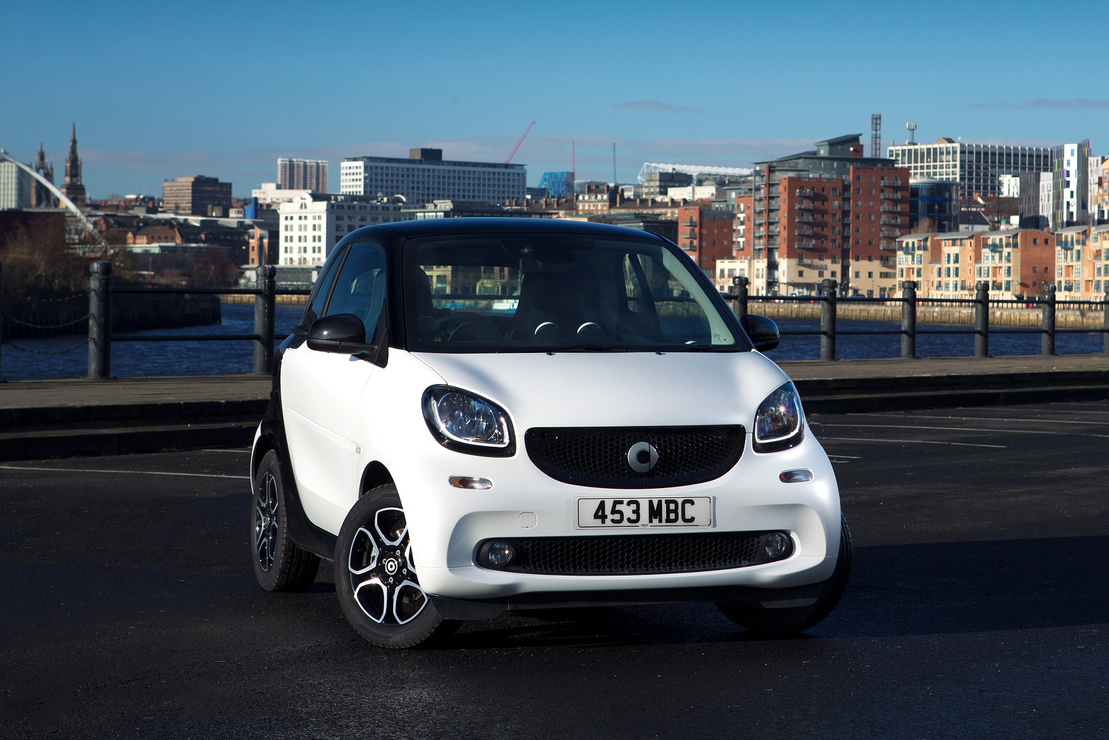 New Smart Fortwo Coupe 1 0 Passion 2dr Auto Petrol Coupe