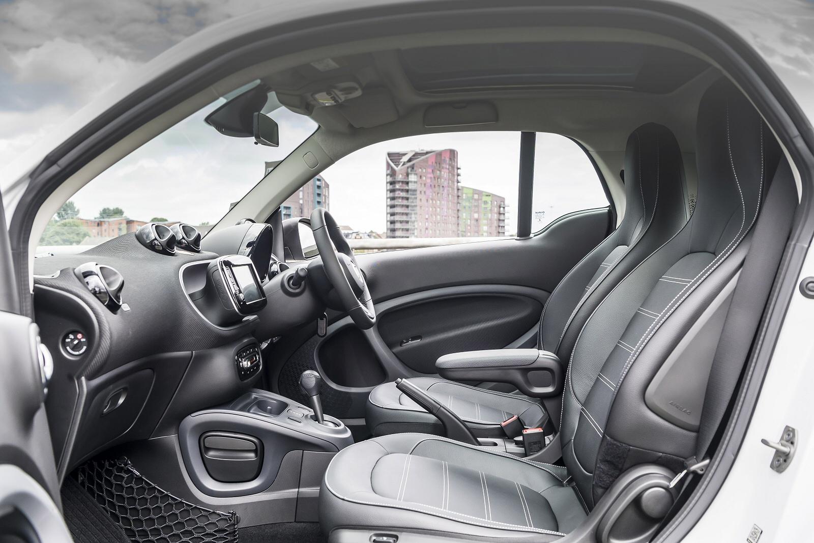 New Smart Eq Fortwo Coupe 60kw Eq Prime Premium 17kwh 2dr Auto