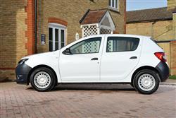 1.5 Dci Laureate 5Dr Diesel Hatchback