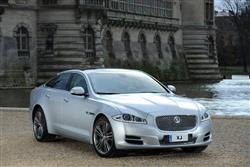 3.0d V6 Luxury 4dr Auto Diesel Saloon