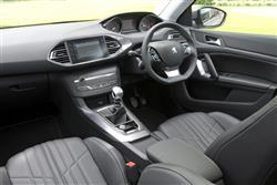 1.6 Bluehdi 120 Active 5Dr Diesel Hatchback