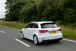 30 Tdi 116 Sport 5Dr [tech Pack] Diesel Hatchback