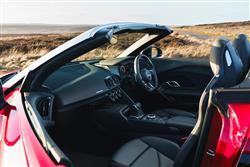 5.2 FSI V10 Quattro Performance 2dr S Tronic Petrol Convertible
