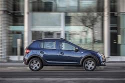 0.9 TCe Essential 5dr Petrol Hatchback