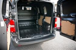 Medium Diesel 2.0D 120 Design Chilled Van [TSS]