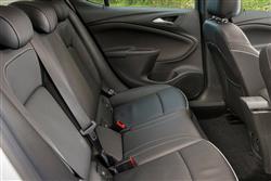 1.6 CDTi 16V 136 Elite Nav 5dr Auto Diesel Hatchback