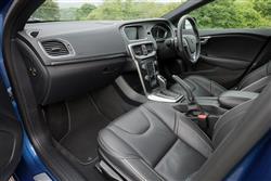 D2 [120] R DESIGN Nav Plus 5dr Geartronic Diesel Hatchback