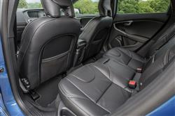 T3 [152] R DESIGN 5dr Petrol Hatchback