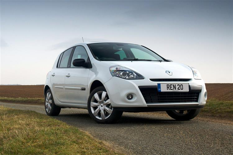 car review 209841 renault clio iii 2009 2012